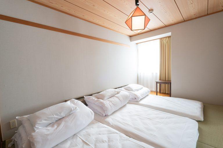 鋪好床的樣子